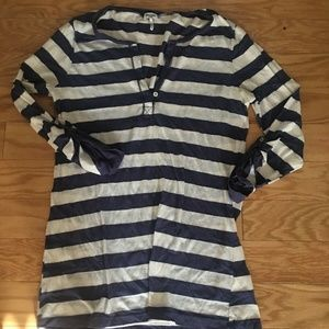 Splendid Blue And White Striped Lonng Sleeve Top
